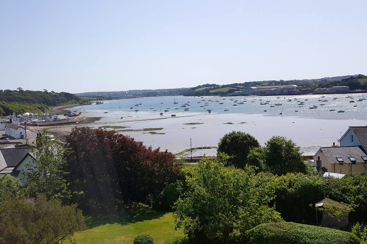 Instow apartment views across the Torridge river