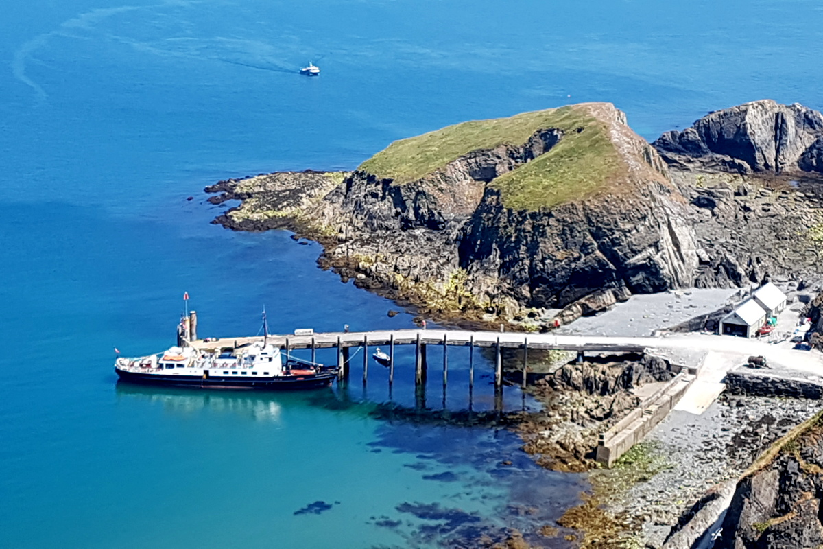 Lundy Island boat rides from Instow